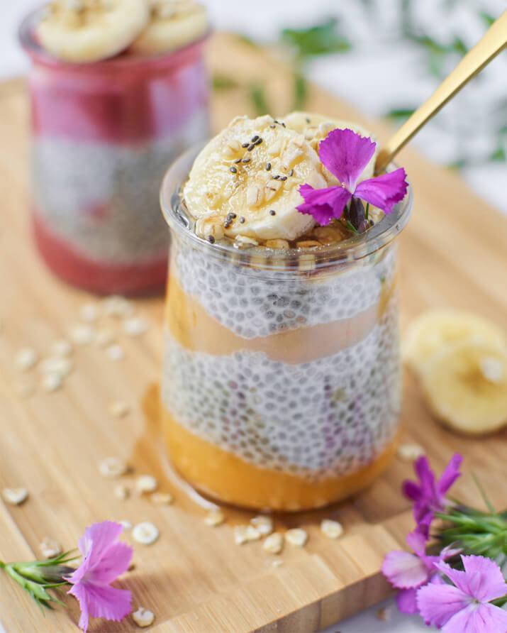 Porridge aux graines de chia et compotes sans sucre